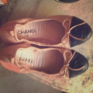Shoes - Pink & Black Ballet Flats